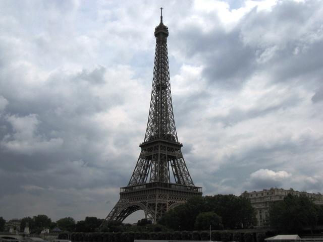 Viele Attraktionen von Paris stehen auf dem Programm der JU-Fahrt.